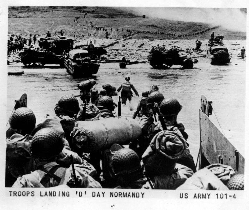 WWII_world_war-2-Troops_Landing_D_Day