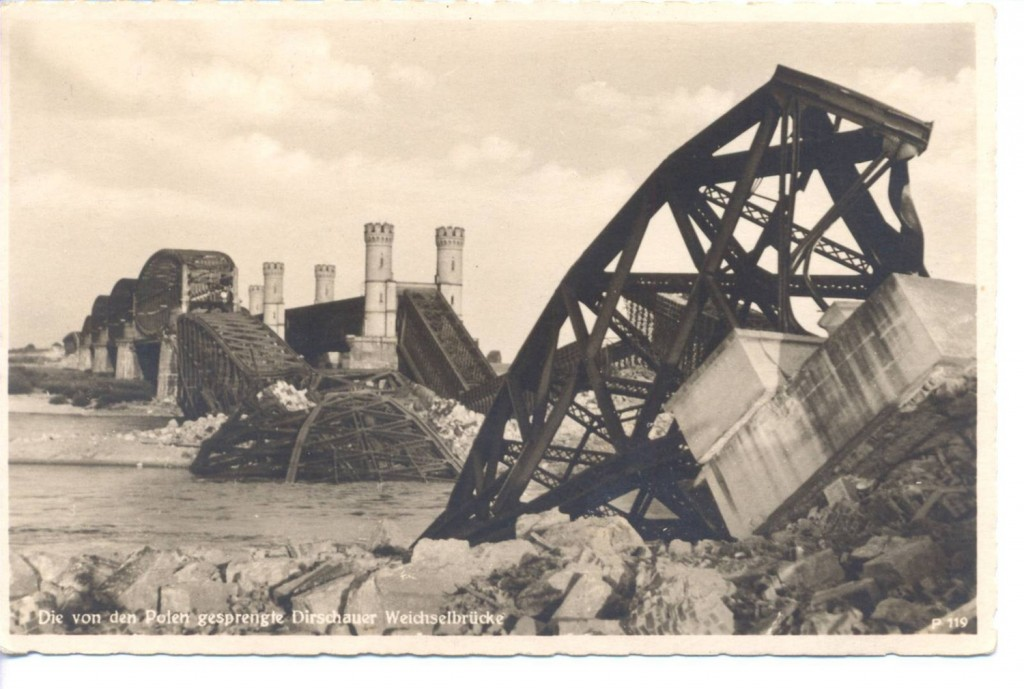 Zniszczone przez polskich saperów mosty w Tczewie.